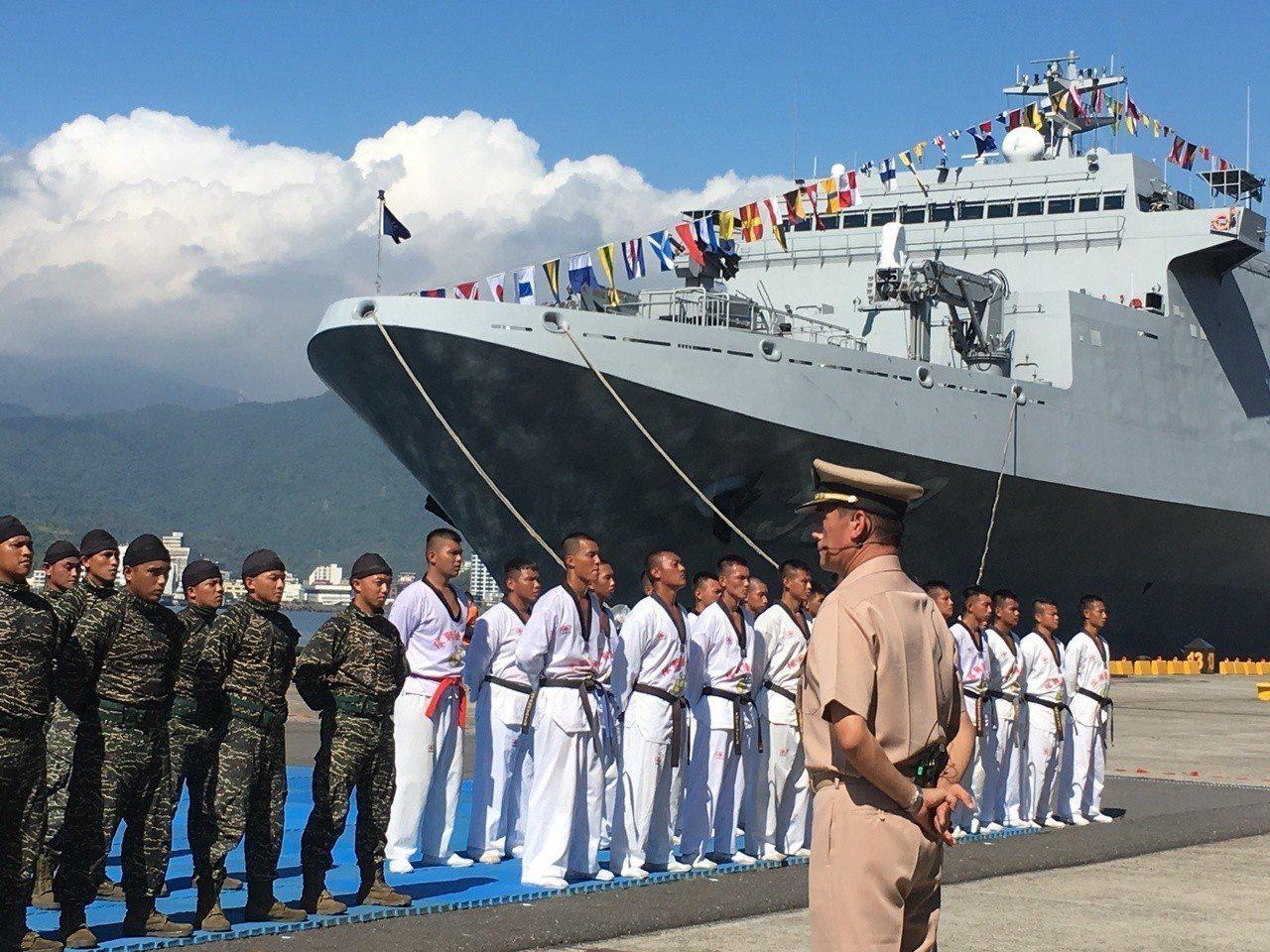 海軍將於本週六在宜蘭蘇澳海軍中正基地舉行營區開放活動,包括基隆、濟陽、康定、成功...