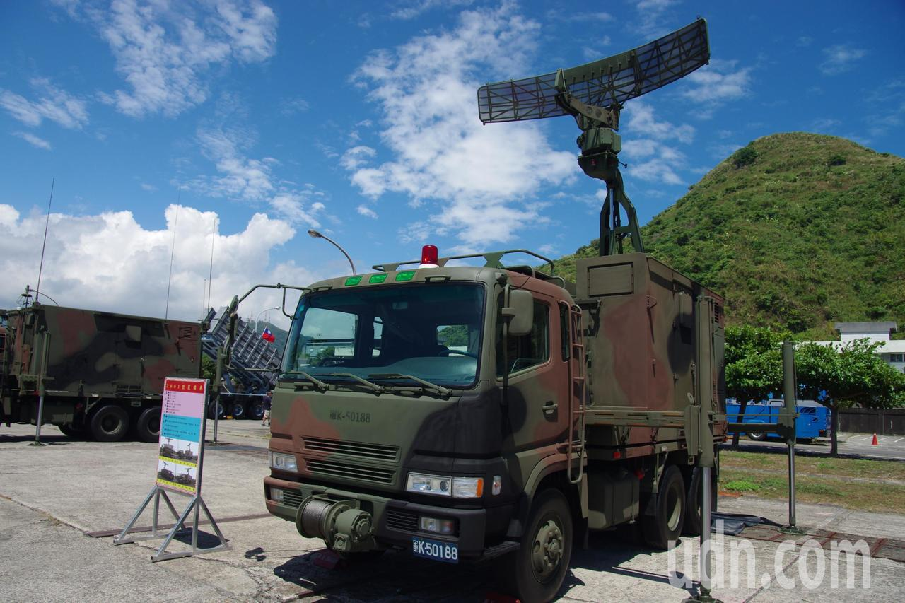 海軍2001型機動雷達車。記者程嘉文/攝影