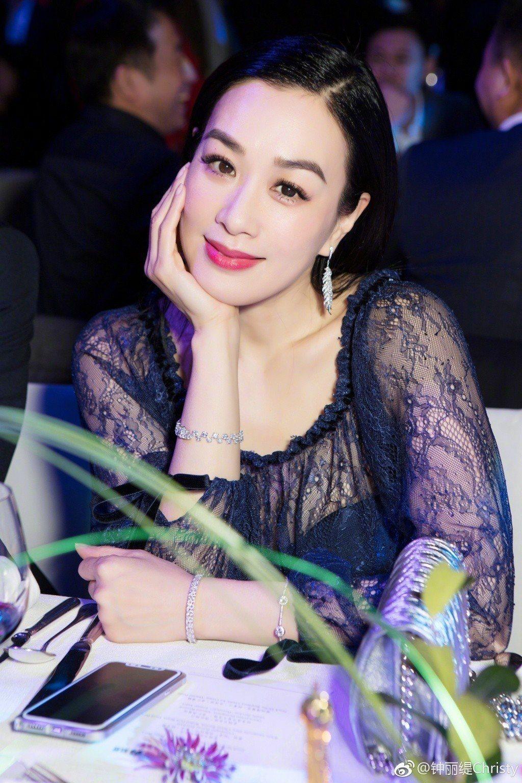 鍾麗緹將出席亞太影展。圖/摘自微博