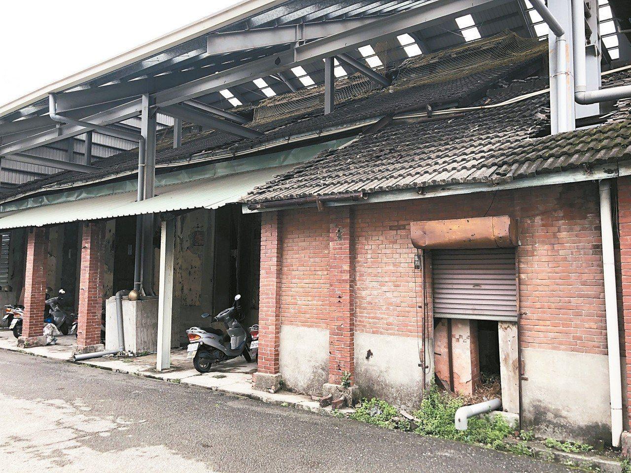 台中市潭子農會穀倉為台中市公告為市定古蹟,將著手修復活化。 記者余采瀅/攝影