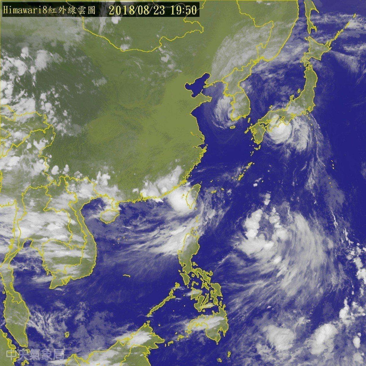 熱帶性低氣壓今天(23日)帶來暴雨造成南部嚴重水患。圖擷取自中央氣象局官網