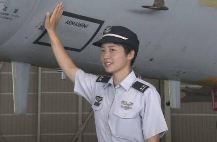 日本航空自衛隊首位女性戰機飛官松島美紗中尉。 圖/NHK