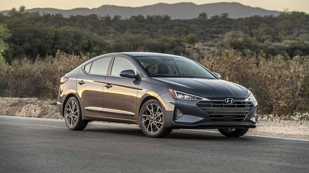 小改款Hyundai Elantra則預計在今年底前亮相。 摘自Hyundai