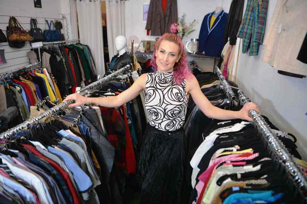 弗利曼(Sarah Freeman),在雪梨開了間「衣物圖書館」(Clothes...