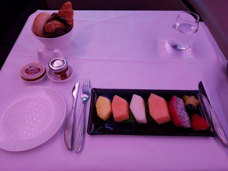 先來個水果盤作為早餐的開始 圖文來自於:TripPlus