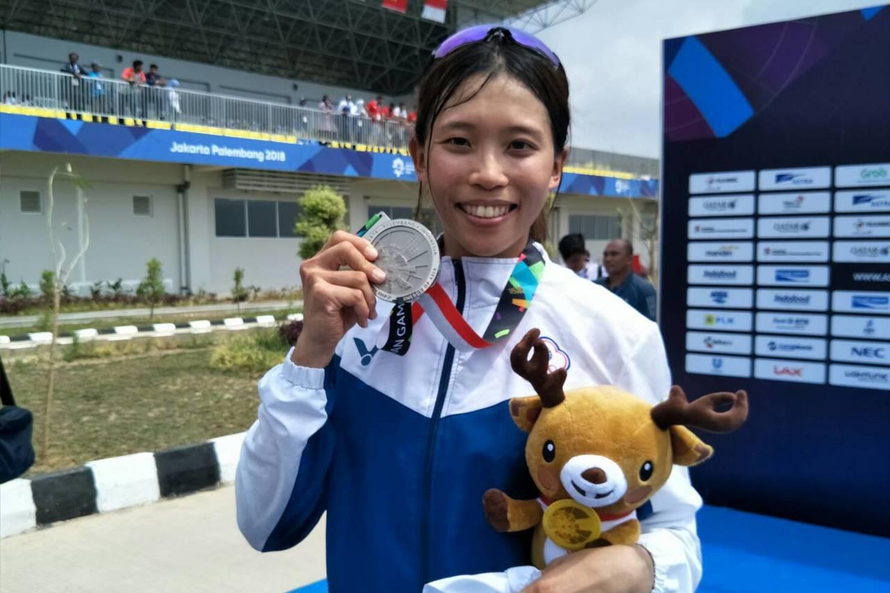 黃義婷在女子單人雙槳項目喜獲銀牌。圖╱中華奧會提供