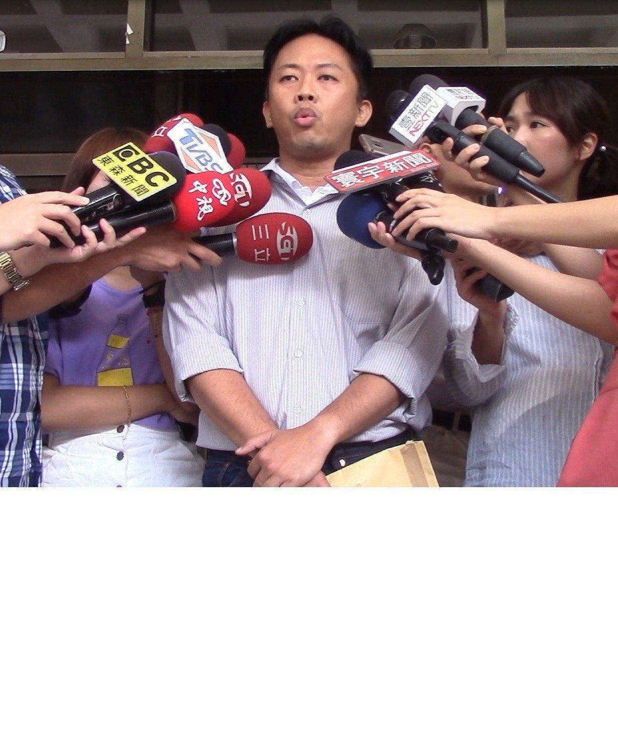 國民黨台北市中正萬華議員參選人林冠勳爆出涉嫌酒駕肇逃,甚至事後找人「頂包」,遭國...