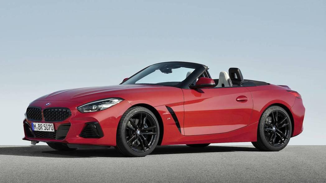 新世代BMW Z4 M40i搭載3.0升直列六缸渦輪增壓汽油引擎。 摘自BMW