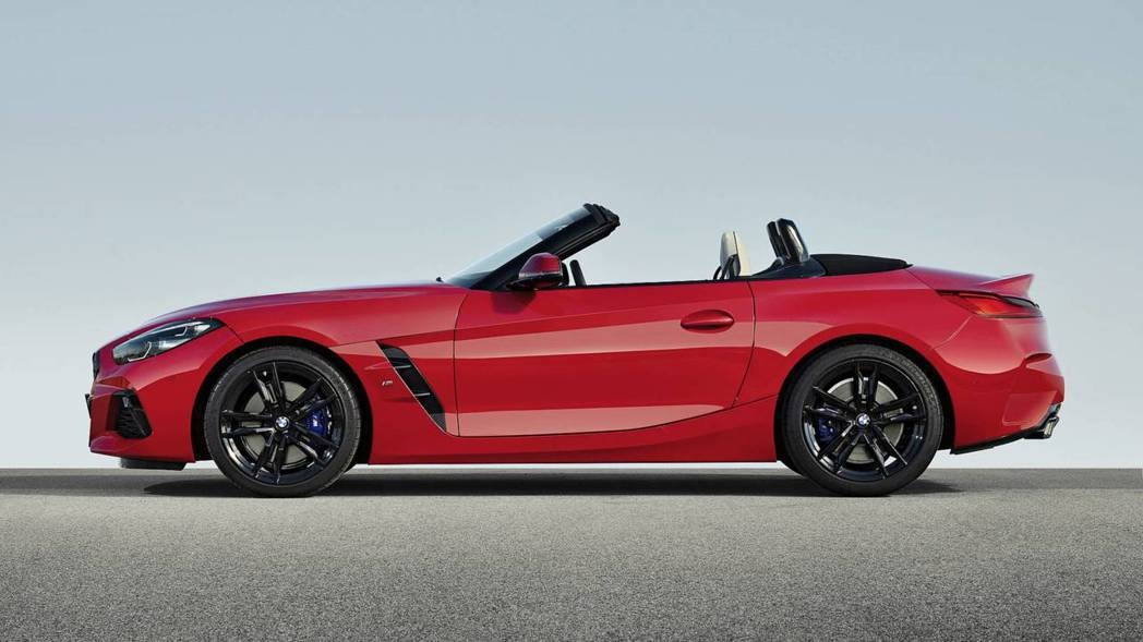 新世代BMW Z4(G29)採50:50的車身重心分佈。 摘自BMW