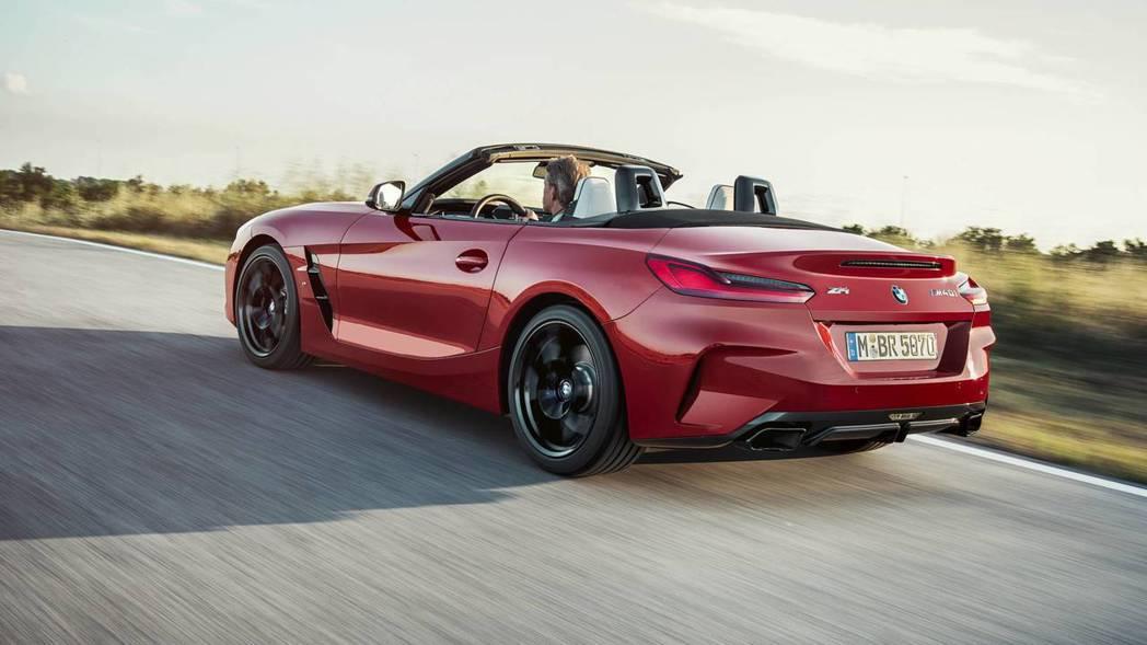 新世代BMW Z4(G29)除了會在圓石灘車展亮相外,也將會在十月前往巴黎參展。...