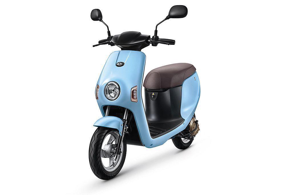 emoving電動自行車Shine,去年推出後市場反應不俗,今年再推「天使藍」新車色可選。 圖/emoving提供