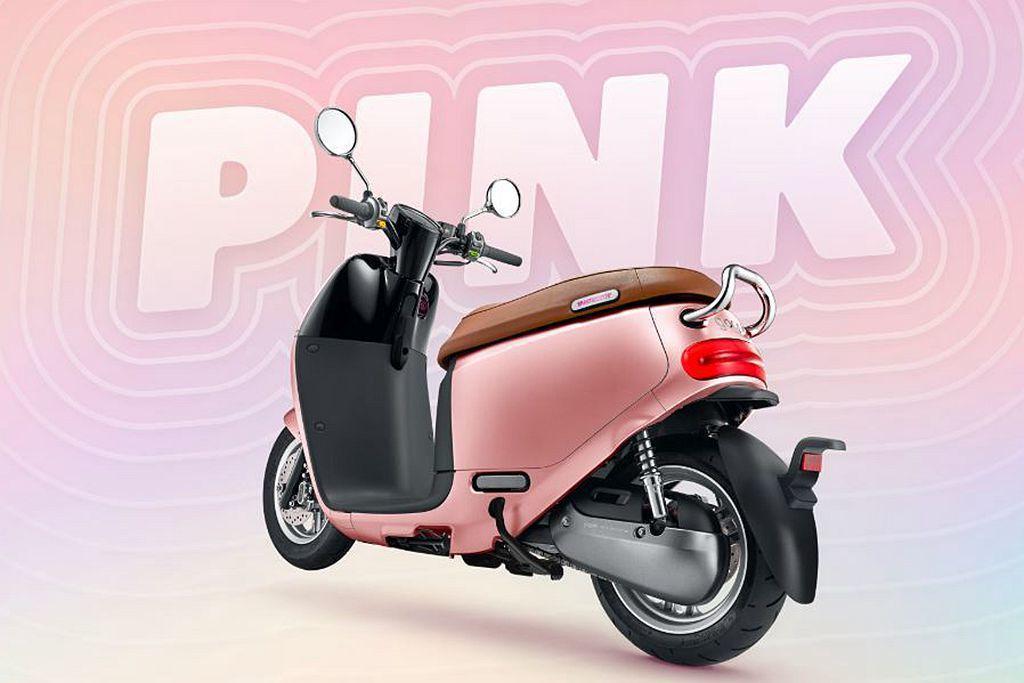 Gogoro新推的「粉紅突擊」配色,完全能夠吸引年輕女性的目光。 圖/Gogoro提供