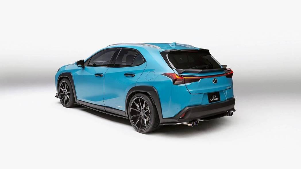 客製化改裝Lexus UX250h概念車。 摘自Lexus