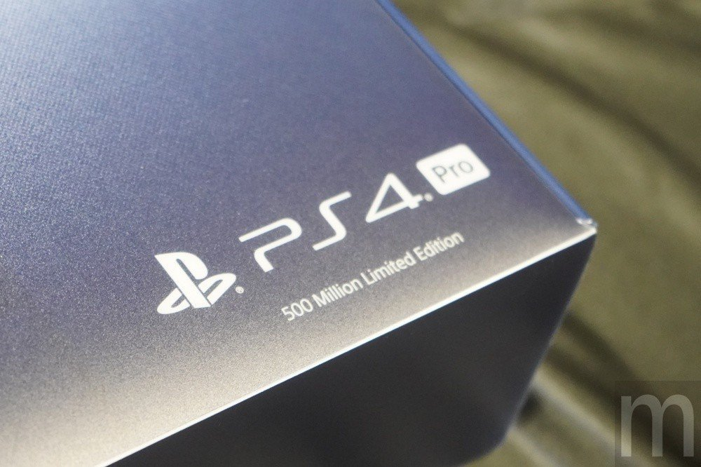 標示為PlayStation 4 Pro 500 Million Limited...
