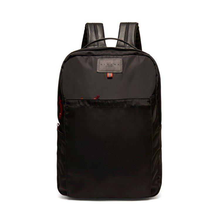 男款黑色尼龍後背包,售價3,680元。圖/Sisley提供