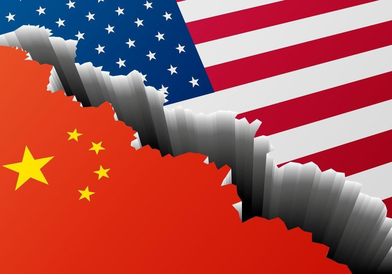 元大寶華指出,美中貿易戰不見得會因為美國11月期中選舉結束就停火,在美國重回全球...