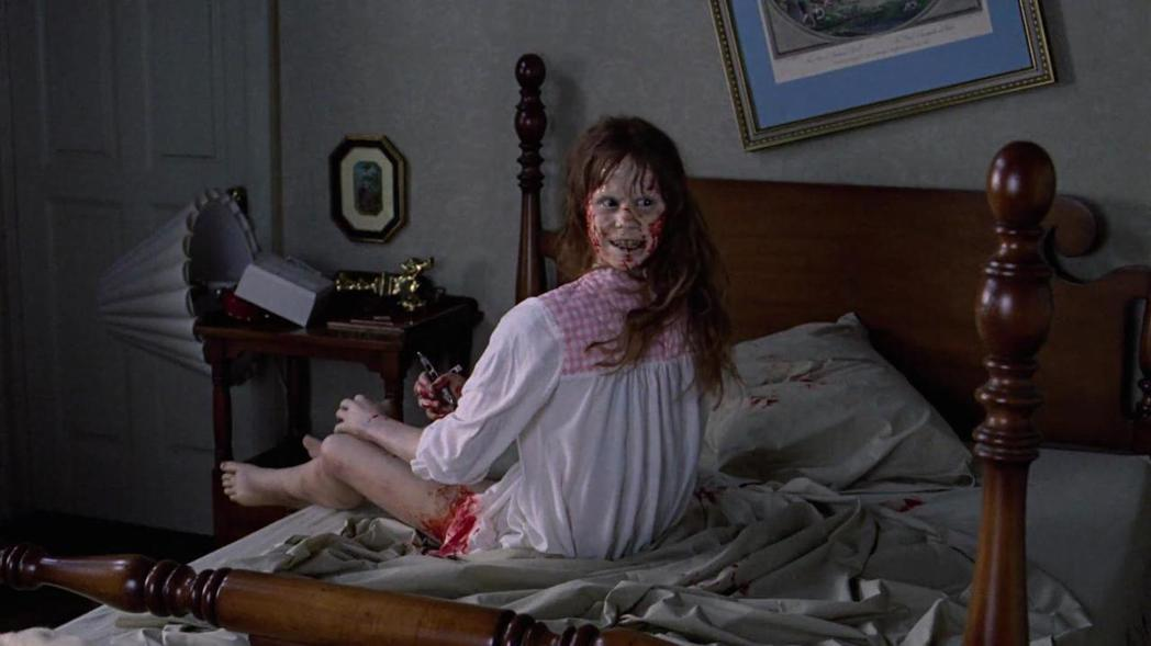 「大法師」中最經典的嚇人片段。圖/摘自imdb