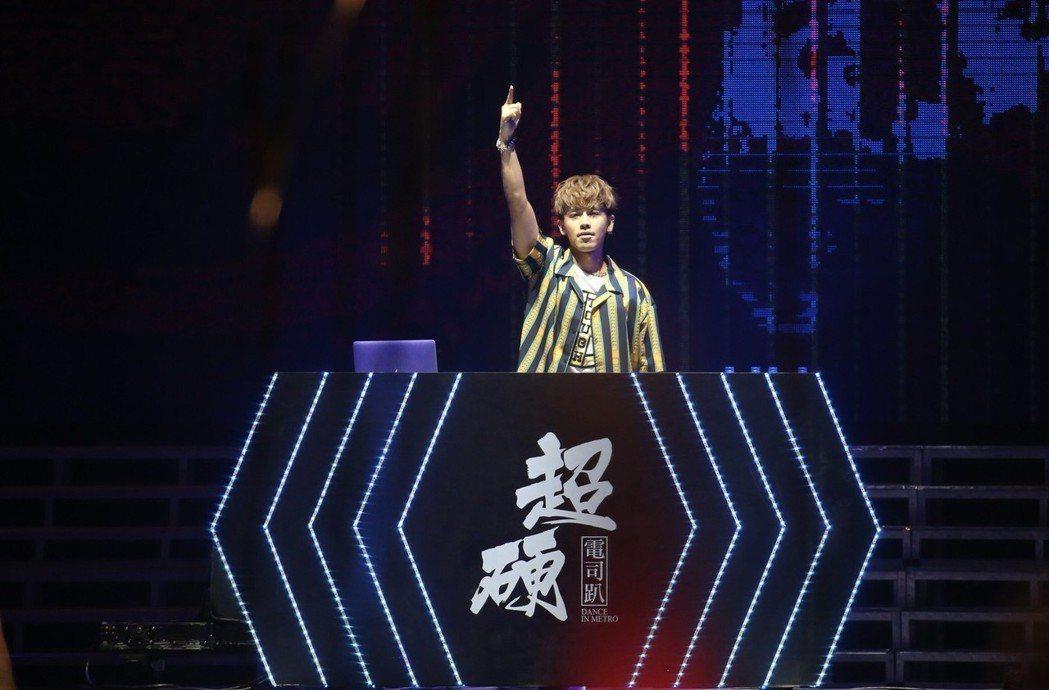 鼓鼓25日出席「2018超硬電司趴」。記者許正宏/攝影