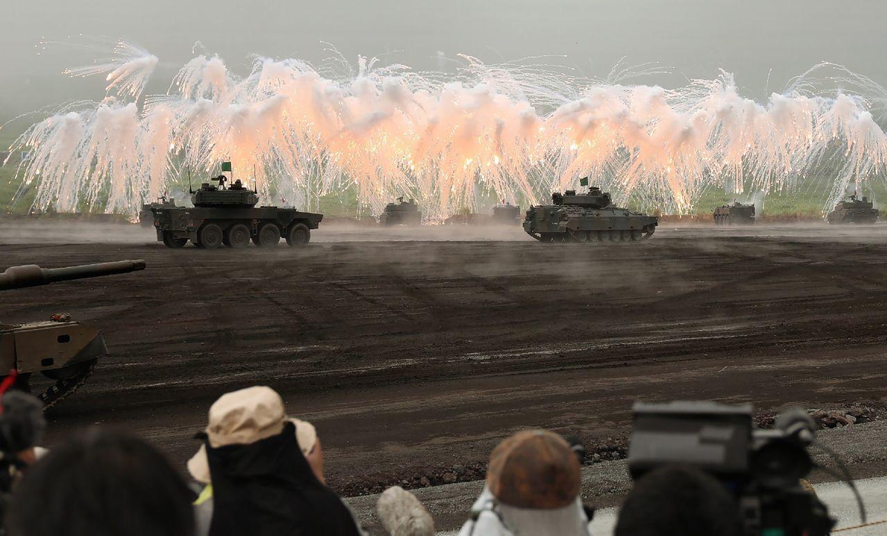 陸上自衛隊新設一個水陸兩棲機動團,計畫部署在九州或琉球群島,負責反奪島等相關任務...