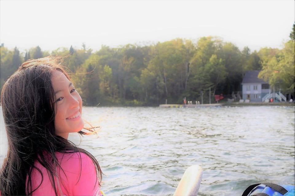 如今的夏天已經是個小少女。圖/摘自夏克立臉書