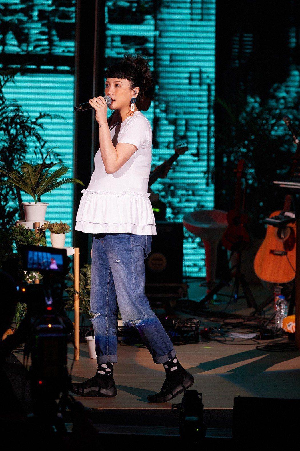 魏如萱舉辦孕期限定個唱「Milk and Honey」。圖/好多音樂提供