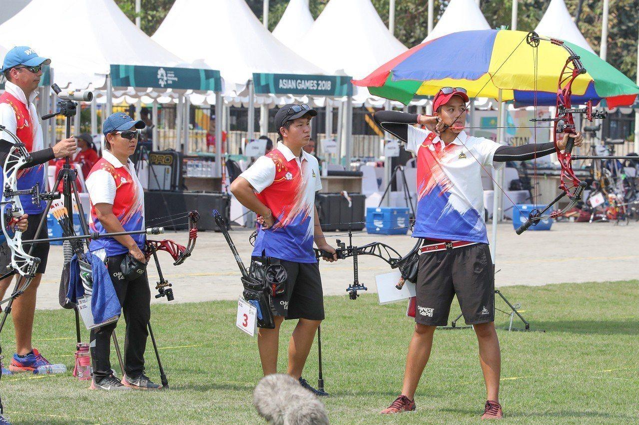 亞運射箭女子複合弓團體賽事,中華隊不敵印度,只能力拚銅牌。 中央社