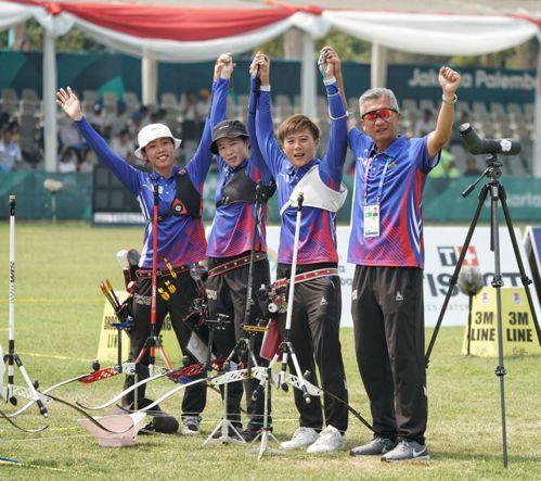 射箭女團銀牌。 中華奧會提供
