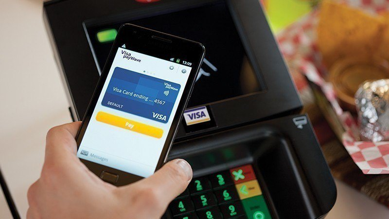 包括VISA等國際信用卡品牌都自今年起,在國外推動刷卡免簽名。但免簽名政策須遵循...