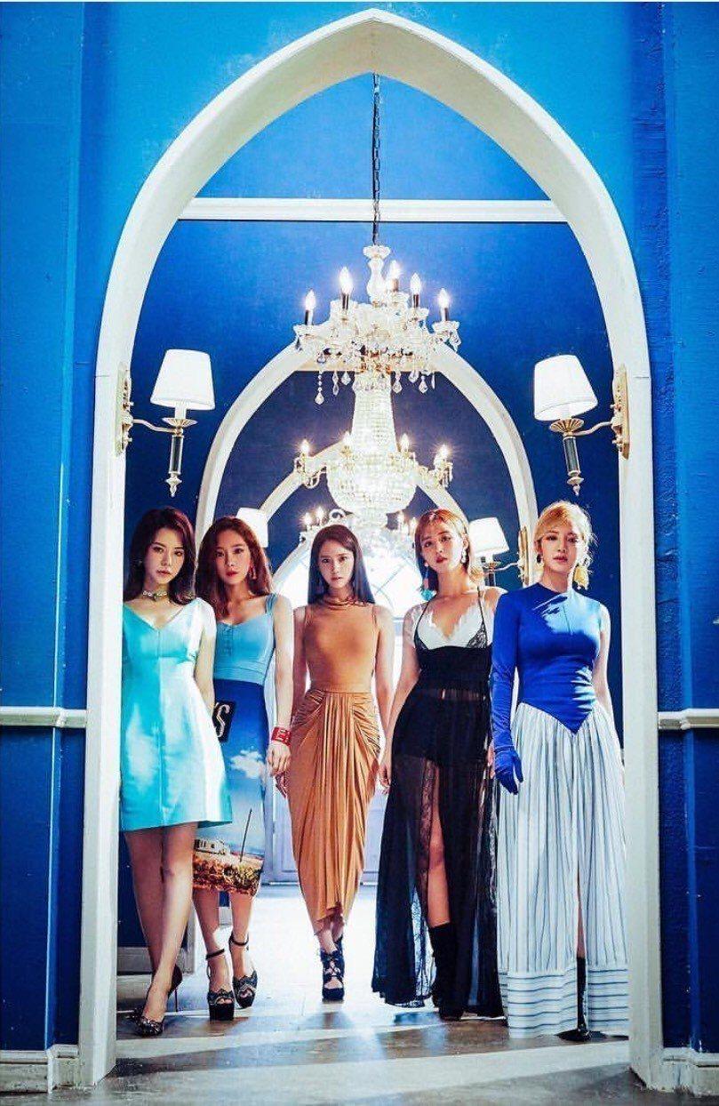 韓人氣女團「少女時代」公布由太妍、潤娥、俞利及孝淵所組成的新分隊「少女時代-Oh