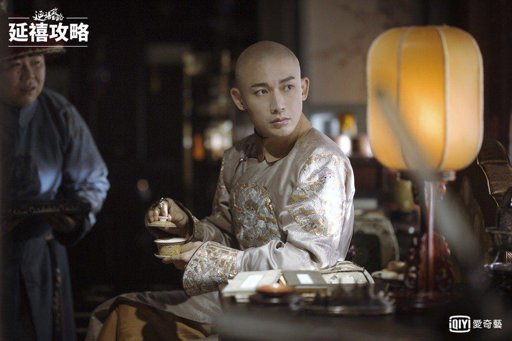 聶遠認為乾隆也是人,心中的感情應與普通人無異。圖/愛奇藝台灣站提供