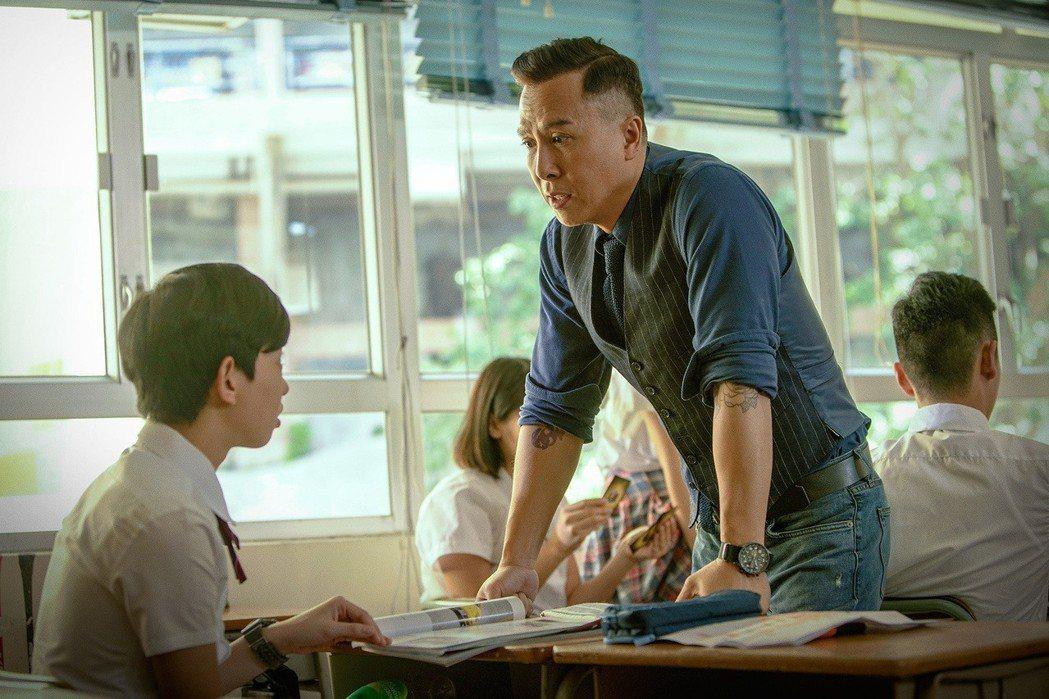 甄子丹(右)在新片「大師兄」中化身地表最強教師,全台票房熱賣,已破1300萬。圖...