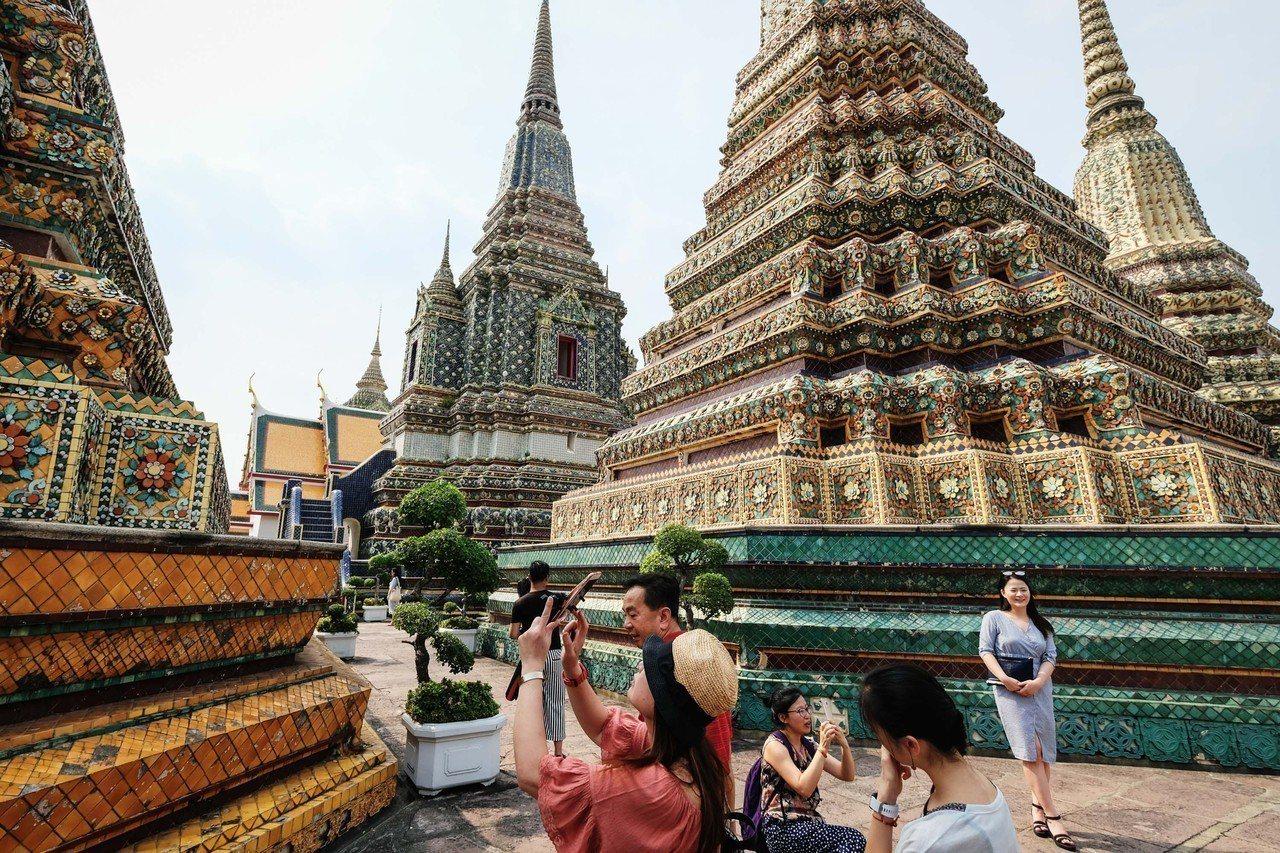 泰國簽證費10月起將調漲470元,衝擊每年逾50萬名去泰國旅遊的民眾(圖/新華社)