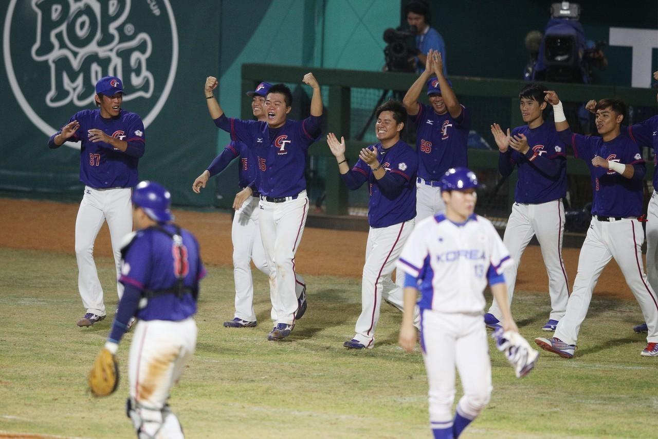 由於本屆亞運棒球4強複賽改採「Super round」,若出現戰績相同的情形,將...