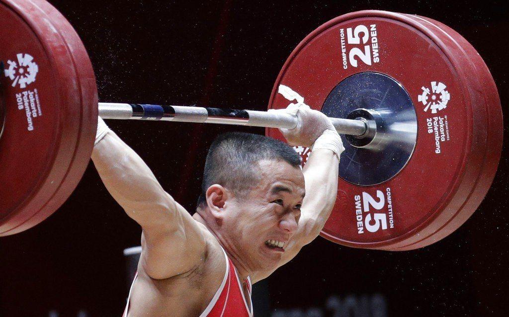北韓男子56公斤級金牌得主溫熙哲(Om Yun Chol)。 美聯社