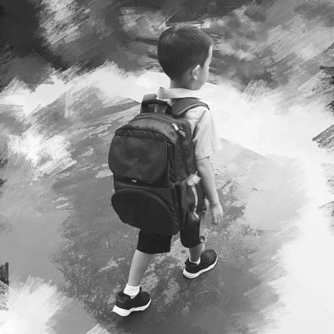 陳小春與應采兒育有寶貝兒子Jasper,去年參加大陸實境節目《爸爸去哪兒5》,立刻吸引網友關注,今年也再度參加《爸爸去哪兒》最新一季,雖然節目還沒播出,但是應采兒不時會在社群上分享兒子的照片影片,最...