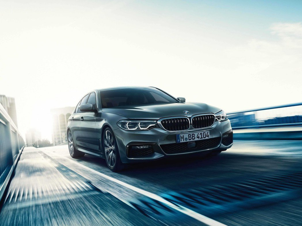 2019年式BMW 5 系列標準配備BMW Personal CoPilot智慧...