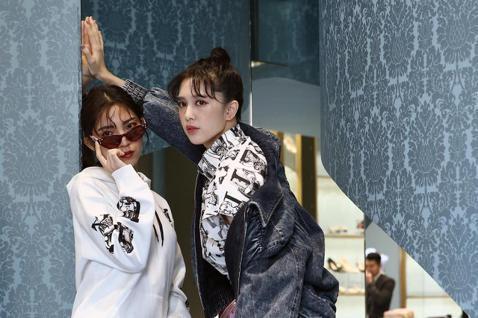 劉奕兒與高雋雅下午一起演繹MIU MIU訂製活動,分享各自對訂製專屬衣物的心得。