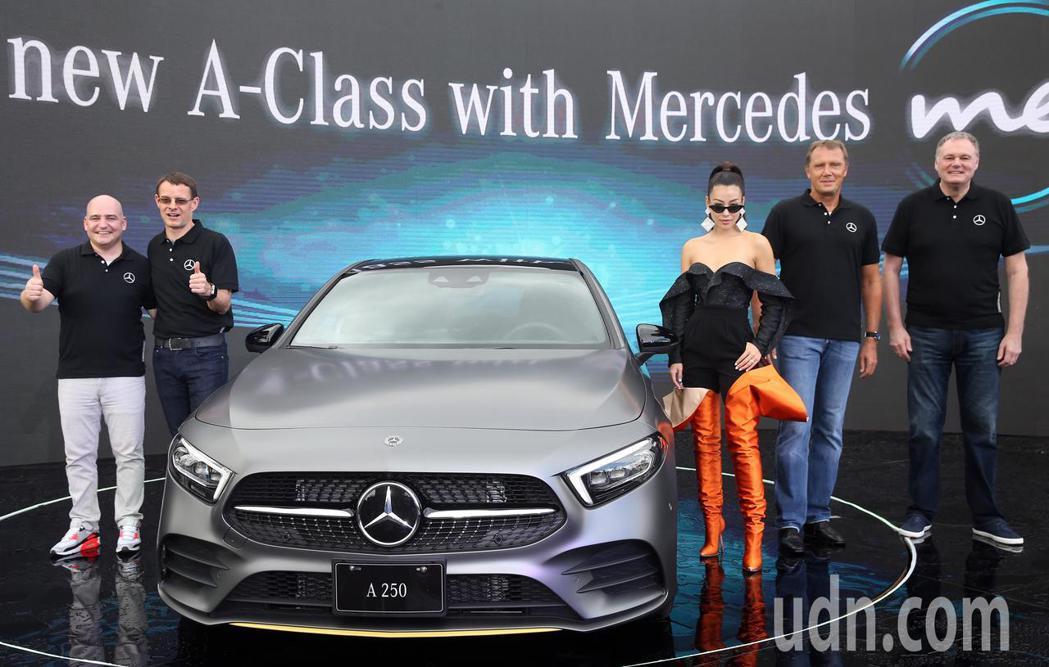 蔡詩芸出席賓士The new A-class新車發表會。記者曾吉松/攝影