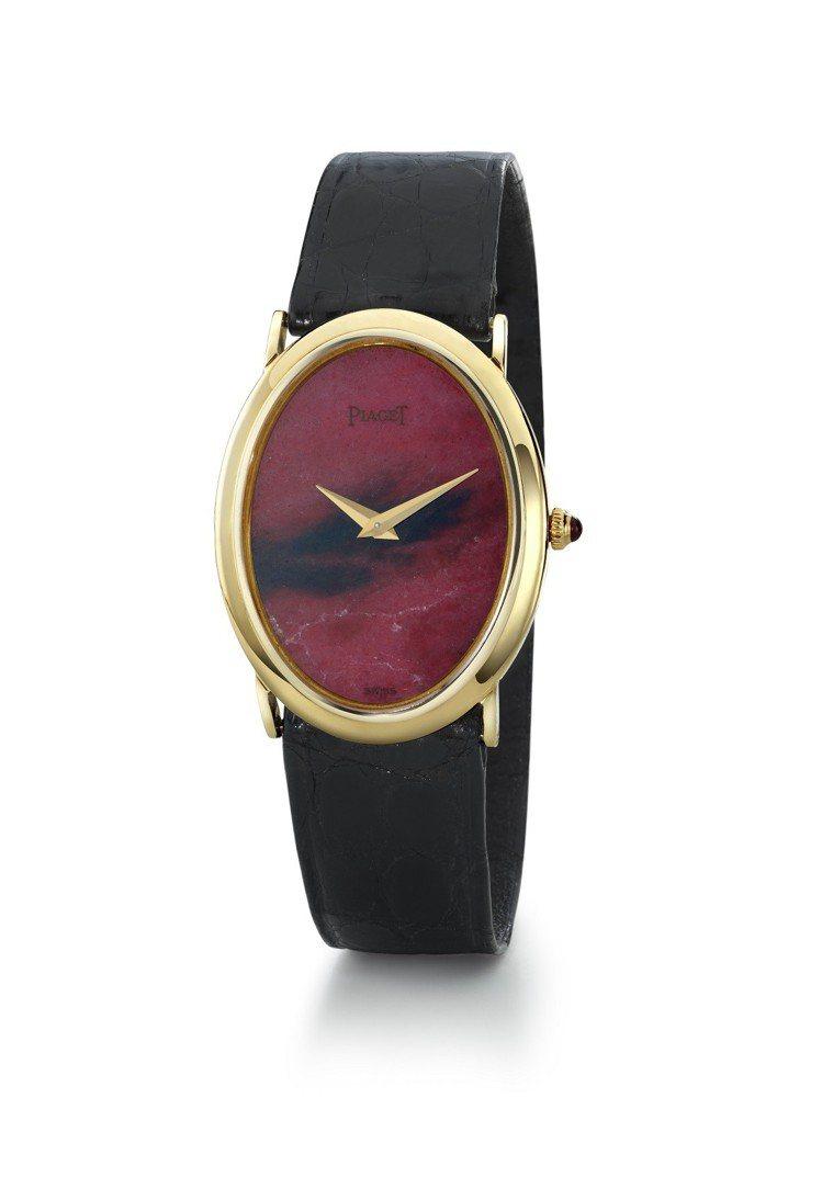 此次展品中年代最久遠的是這枚伯爵古董腕表,黃金鑲嵌薔薇輝石表盤、搭載伯爵傳奇9P...