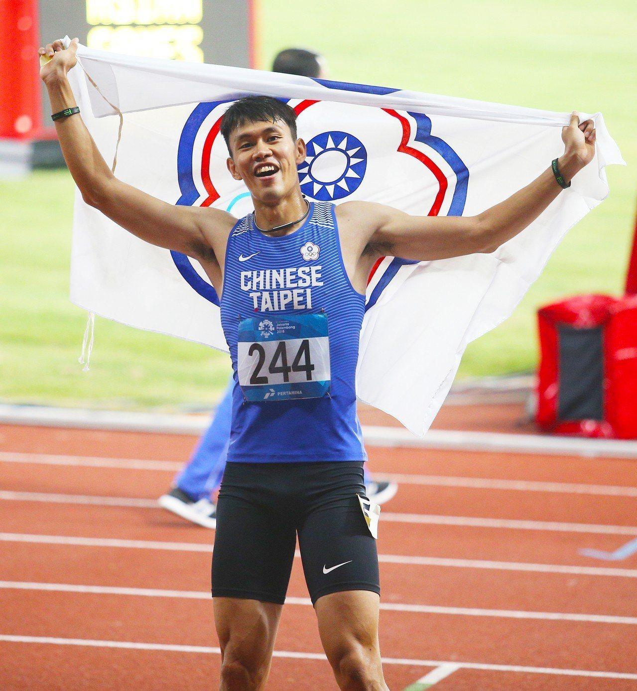 陳奎儒在110公尺跨欄摘下銀牌。特派記者陳正興/雅加達攝影