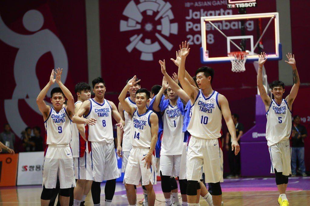 中華男籃重返亞運四強,但面對實力相差一大截的中國恐怕會陷入苦戰。 美聯社