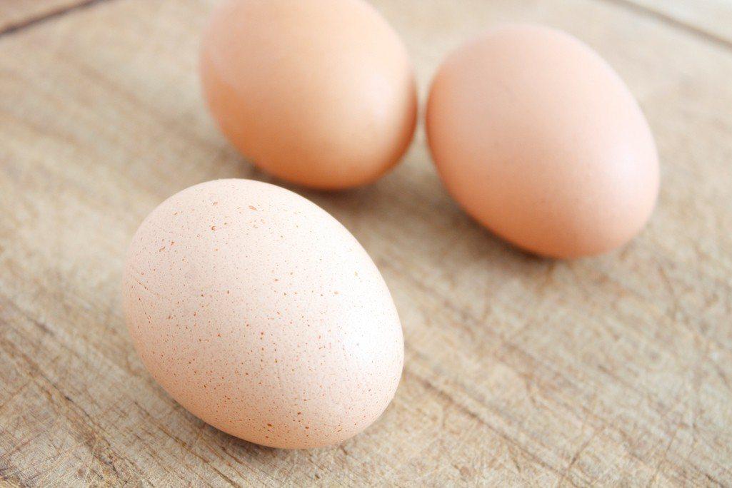 男子嗑藥後從肛門塞入15顆雞蛋。雞蛋示意圖。圖/ingimage提供
