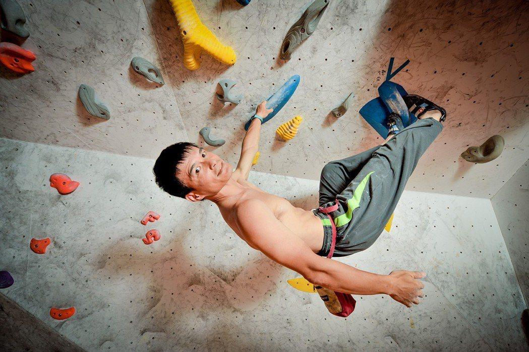 悠活原力創辦人廖上翔熱愛攀岩極限運動。 悠活原力-好菌銀行/提供