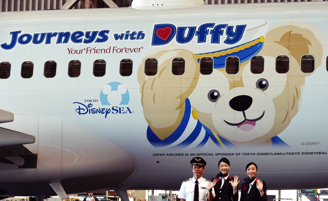 相關人士認為,日本針對外籍機師的條件過於嚴格,例如飛行時數必須要在1,000小時...