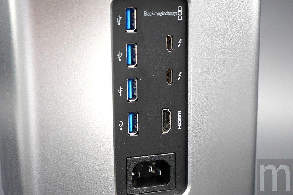 背後輸出僅以HDMI 2.0為主,並且搭配兩組Intel Thunderb以及4...