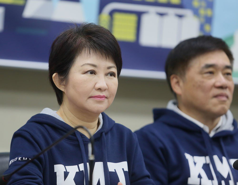 國民黨認為盧秀燕(左)的海線劣勢逐漸消除。 攝影/柯承惠