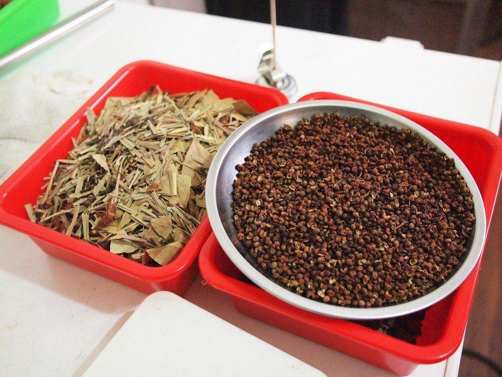 (圖/台灣旅行趣) ▲全部調味都是真材實料自製,街頭小吃可以品嘗用心的好味道