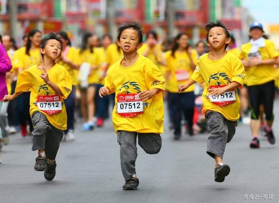 (圖/粉絲專頁「員林獅子會#路跑」) ▲「獅子盃」歷屆小跑者3
