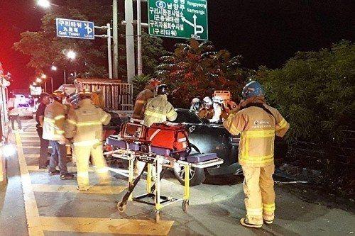 車禍現場。圖/摘自yonhapnews