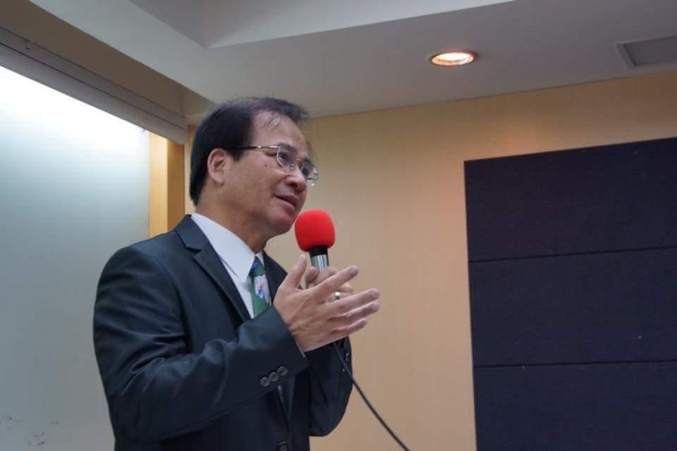 陳子敬退選,前台南縣長蘇煥智為陳叫屈。圖/取自蘇煥智臉書